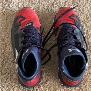 Other - Under Armor boys basketball shoes